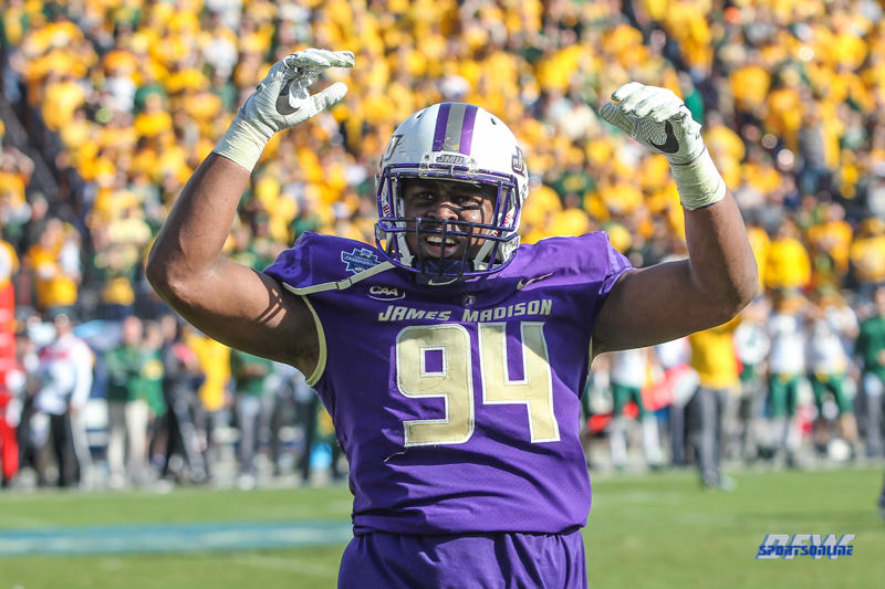 FRISCO, TX - JANUARY 6: James Madison Dukes defensive lineman Cornell Urquhart (94) fires up the crowd during the NCAA FCS Championship football game between North Dakota State and James Madison on January 6, 2018 at Toyota Stadium in Frisco, TX. (Photo by George Walker/DFWsportsonline)