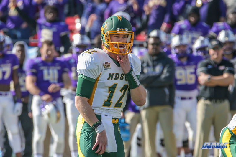 FRISCO, TX - JANUARY 6: North Dakota State Bison quarterback Easton Stick (12) surveys the field during the NCAA FCS Championship football game between North Dakota State and James Madison on January 6, 2018 at Toyota Stadium in Frisco, TX. (Photo by George Walker/DFWsportsonline)