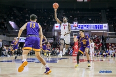 UNIVERSITY PARK, TX - JANUARY 28: Southern Methodist Mustangs guard Shake Milton (1) passes the ball during the game between SMU and East Carolina on January 28, 2018 at Moody Coliseum in Dallas, TX. (Photo by George Walker/Icon Sportswire)