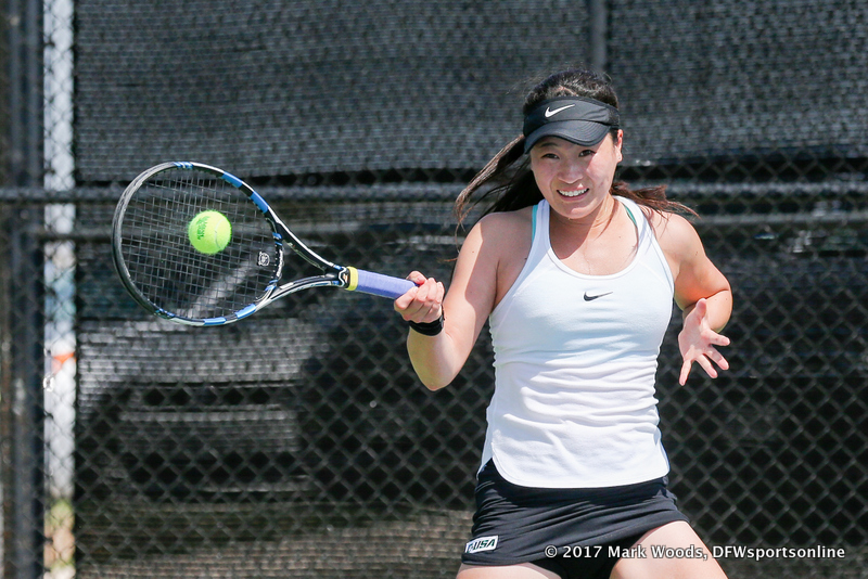 Haruka Sasaki in her singles match against KU on March 19, 2017 at Waranch Tennis Center.
