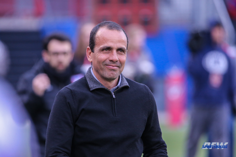 APR 7, 2018: FC Dallas head coach Oscar Pareja during the MLS game between FC Dallas and Colorado Rapid on April 7, 2018, at Toyota Stadium in Frisco, TX. (Photo by George Walker/DFWsportsonline)