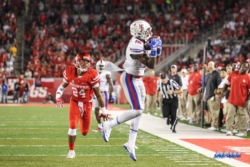 HOUSTON, CA - OCTOBER 07: Southern Methodist Mustangs wide receiver Courtland Sutton (16) during the game between SMU and Houston on October 7, 2017, at TDECU Stadium in Houston, TX. (Photo by George Walker/DFWsportsonline)