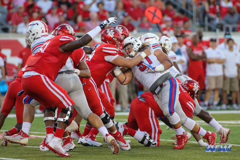 HOUSTON, CA - OCTOBER 07: Southern Methodist Mustangs defensive tackle Pono Davis (51) during the game between SMU and Houston on October 7, 2017, at TDECU Stadium in Houston, TX. (Photo by George Walker/DFWsportsonline)
