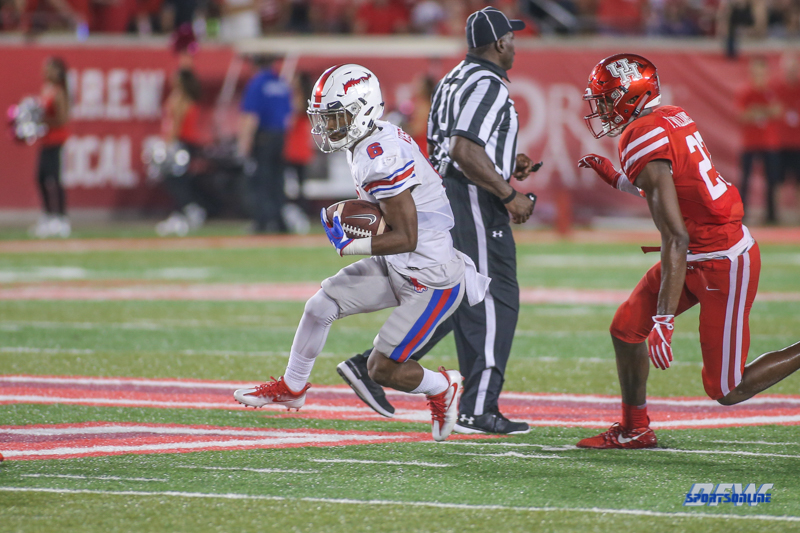 HOUSTON, CA - OCTOBER 07: Southern Methodist Mustangs running back Braeden West (6) during the game between SMU and Houston on October 7, 2017, at TDECU Stadium in Houston, TX. (Photo by George Walker/DFWsportsonline)