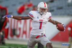 HOUSTON, CA - OCTOBER 07: during the game between SMU and Houston on October 7, 2017, at TDECU Stadium in Houston, TX. (Photo by George Walker/DFWsportsonline)