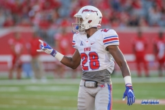 HOUSTON, CA - OCTOBER 07: Southern Methodist Mustangs defensive back Christian Davis (28) during the game between SMU and Houston on October 7, 2017, at TDECU Stadium in Houston, TX. (Photo by George Walker/DFWsportsonline)
