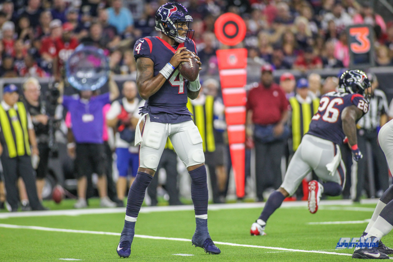 HOUSTON, TX - OCTOBER 08: Houston Texans quarterback Deshaun Watson (4) during the game between the Houston Texans and Kansas City Chiefs on October 8, 2017, at NRG Stadium in Houston, TX. (Photo by George Walker/DFWsportsonline)