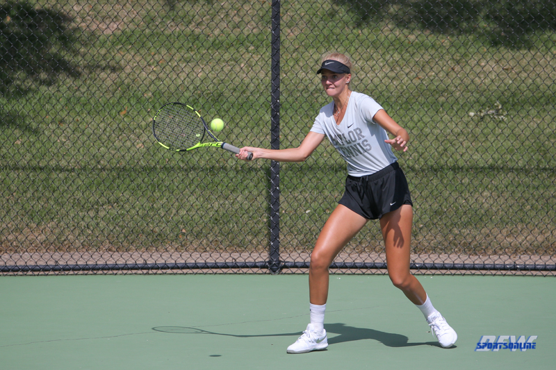 DALLAS, TX - OCTOBER 13: Angie Shakhraichuk (Baylor) during the ITA Regional tournament on October 13, 2017, at the Bayard H. Friedman Tennis Center in Fort Worth, TX. (Photo by George Walker/DFWsportsonline)