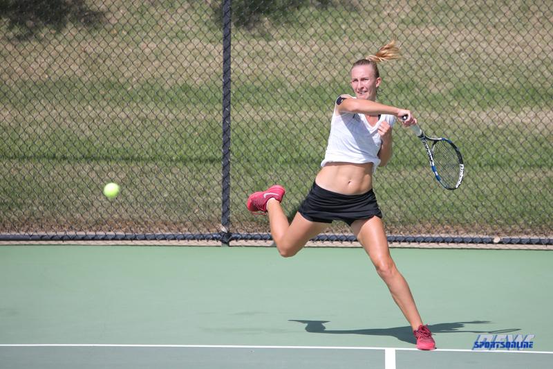 DALLAS, TX - OCTOBER 13: Maria Kononova of UNT during the ITA Regional tournament on October 13, 2017, at the Bayard H. Friedman Tennis Center in Fort Worth, TX. (Photo by George Walker/DFWsportsonline)