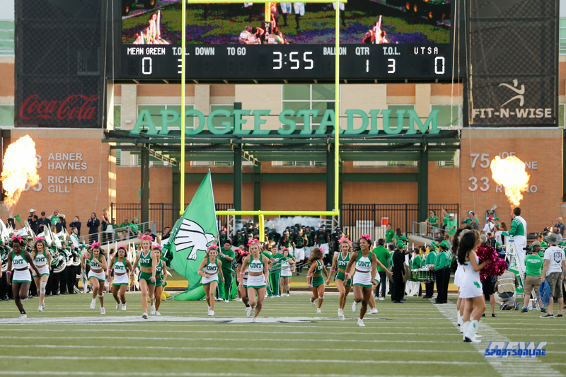 DENTON, TX - OCTOBER 14: North Texas takes the field during the game between the North Texas Mean Green and UTSA Roadrunners on October 14, 2017, at Apogee Stadium in Denton, Texas. (Photo by George Walker/DFWsportsonline)