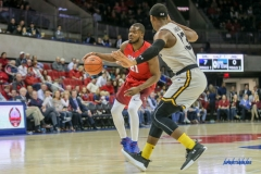 DALLAS, TX - NOVEMBER 10: Southern Methodist Mustangs guard Ben Emelogu II (21) during the men's basketball game between SMU and UMBC on November 10, 2017, at Moody Coliseum, in Dallas, TX. (Photo by George Walker/DFWsportsonline)