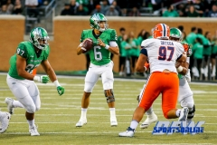 Denton, TX - November 11: North Texas Mean Green quarterback Mason Fine (6) with tight end Kelvin Smith (87) during the game between the North Texas Mean Green and UTEP Miners (Photo by Mark Woods/DFWsportsonline)