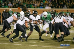 Denton, TX - November 18: Army quarterback Ahmad Bradshaw (17) hands off to fullback Andy Davidson (40) during the game between the North Texas Mean Green and Army West Point Black Knights (Photo by Mark Woods/DFWsportsonline)