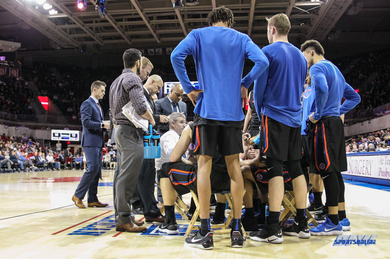 UNIVERSITY PARK, TX - DECEMBER 18: Boise State Broncos head coach Leon Rice huddles with his team during the game between SMU and Boise State on December 18, 2017, at Moody Coliseum in Dallas, TX. (Photo by George Walker/DFWsportsonline)