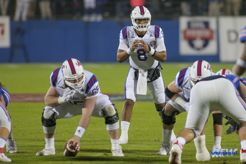 FRISCO, TX - DECEMBER 20: Louisiana Tech Bulldogs quarterback J'Mar Smith (8) calls the signals during the Frisco Bowl between SMU and Louisiana Tech on December 20, 2017, at Toyota Stadium in Frisco, TX. (Photo by George Walker/Icon Sportswire)