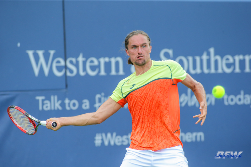 CINCINNATI, OH - Alexandr Dolgopolov (UKR) during the Western & Southern Open at the Lindner Family Tennis Center in Mason, Ohio on August 16, 2017, (Photo by George Walker/DFWsportsonline