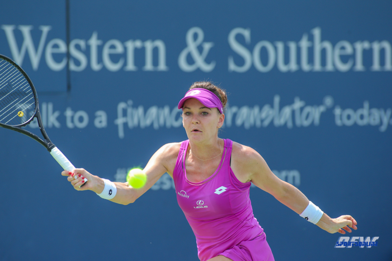 CINCINNATI, OH - AUGUST 15: Agnieszka Radwanska (POL) hits a forehand during the Western & Southern Open at the Lindner Family Tennis Center in Mason, Ohio on August 15, 2017. (Photo by George Walker/Icon Sportswire)