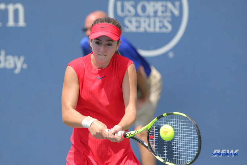 CINCINNATI, OH - AUGUST 15: CiCi Bellis (USA) hits a backhand during the Western & Southern Open at the Lindner Family Tennis Center in Mason, Ohio on August 15, 2017. (Photo by George Walker/Icon Sportswire)