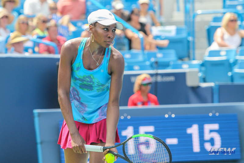 CINCINNATI, OH - AUGUST 15: Venus Williams (USA) prepares to serve during the Western & Southern Open at the Lindner Family Tennis Center in Mason, Ohio on August 15, 2017. (Photo by George Walker/Icon Sportswire)