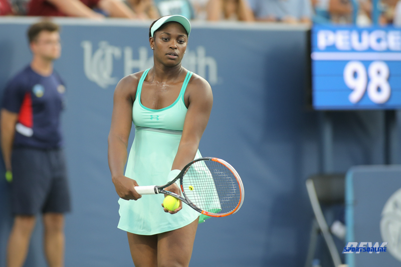 CINCINNATI, OH - AUGUST 15: Sloane Stephens (USA) prepares to serve during the Western & Southern Open at the Lindner Family Tennis Center in Mason, Ohio on August 15, 2017. (Photo by George Walker/Icon Sportswire)