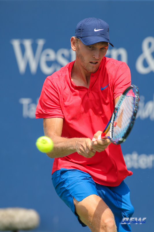 CINCINNATI, OH - AUGUST 16: Mitchell Krueger (USA) hits a backhand during the Western & Southern Open at the Lindner Family Tennis Center in Mason, Ohio on August 16, 2017.(Photo by George Walker/Icon Sportswire)
