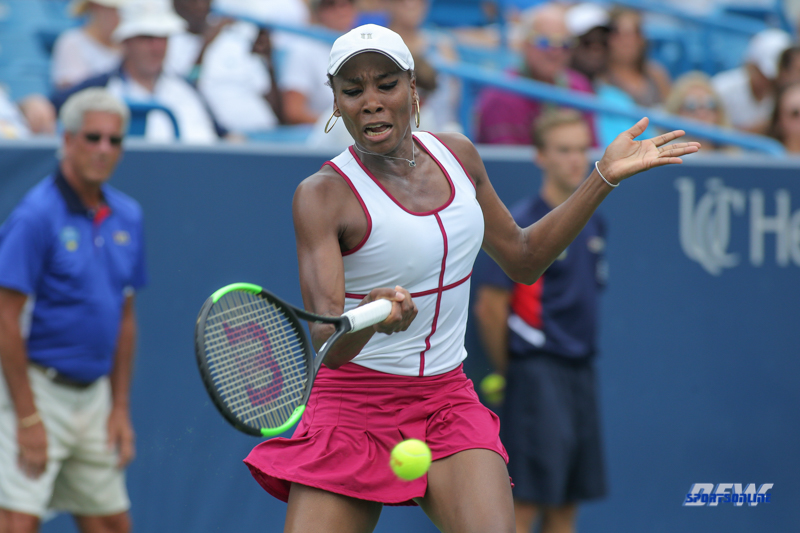 CINCINNATI, OH - AUGUST 16: Venus Williams (USA) hits a forehand during the Western & Southern Open at the Lindner Family Tennis Center in Mason, Ohio on August 16, 2017.(Photo by George Walker/Icon Sportswire)