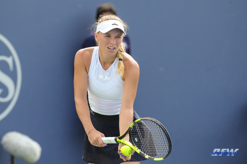 CINCINNATI, OH - AUGUST 16: Caroline Wozniacki (DEN) prepares to serve during the Western & Southern Open at the Lindner Family Tennis Center in Mason, Ohio on August 16, 2017.(Photo by George Walker/Icon Sportswire)