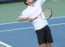 Gilles Simon at the 2009 US Open. Photo by George Walker.