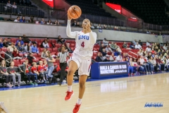 UNIVERSITY PARK, TX - JANUARY 03: Southern Methodist Mustangs guard Mikayla Reese (4) goes to the basket during the women's game between SMU and UCF on January 3, 2018 at Moody Coliseum in Dallas, TX. (Photo by George Walker/Icon Sportswire)
