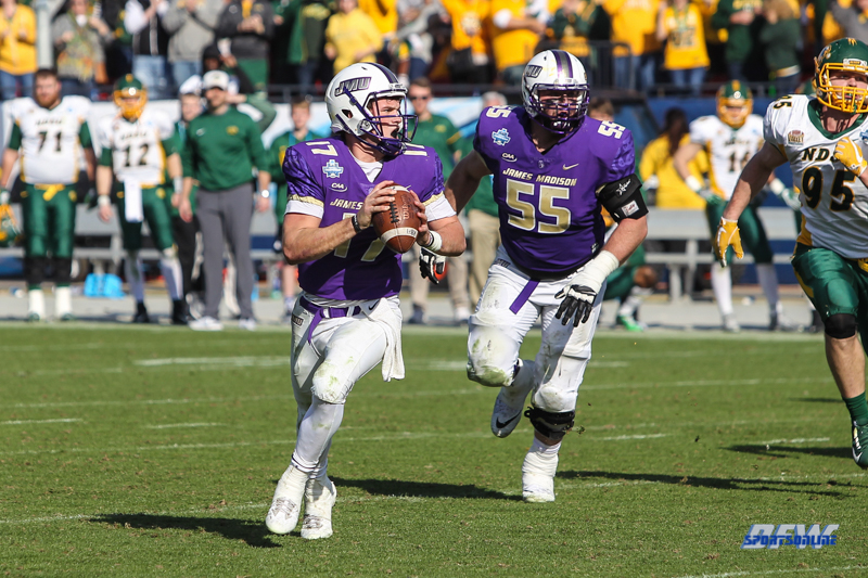 FRISCO, TX - JANUARY 6: James Madison Dukes quarterback Bryan Schor (17) rolls out during the NCAA FCS Championship football game between North Dakota State and James Madison on January 6, 2018 at Toyota Stadium in Frisco, TX. (Photo by George Walker/DFWsportsonline)