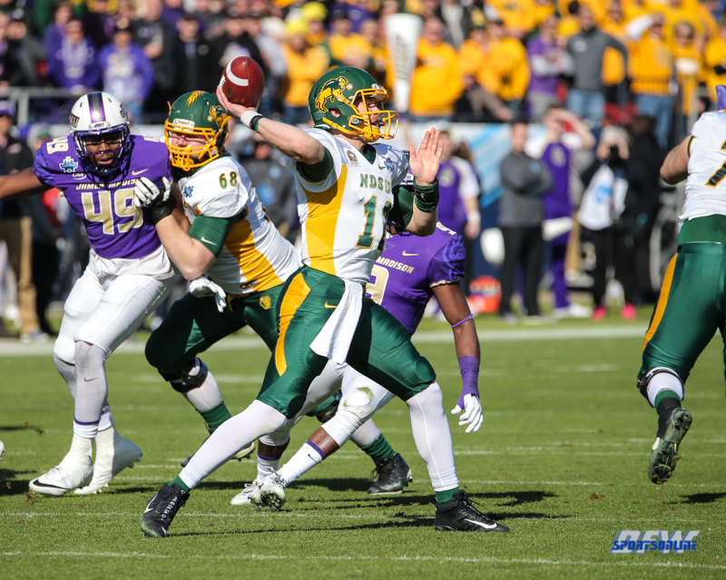 FRISCO, TX - JANUARY 6: North Dakota State Bison quarterback Easton Stick (12) passes during the NCAA FCS Championship football game between North Dakota State and James Madison on January 6, 2018 at Toyota Stadium in Frisco, TX. (Photo by George Walker/DFWsportsonline)