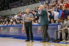 UNIVERSITY PARK, TX - JANUARY 20: Tulane Green Wave head coach Mike Dunleavy, Sr. gives direction during the game betweed SMU and Tulane on January 20, 2018 at Moody Coliseum in Dallas, TX. (Photo by George Walker/Icon Sportswire)