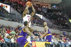 UNIVERSITY PARK, TX - JANUARY 28: Southern Methodist Mustangs guard Shake Milton (1) shoots the ball during the game between SMU and East Carolina on January 28, 2018 at Moody Coliseum in Dallas, TX. (Photo by George Walker/Icon Sportswire)