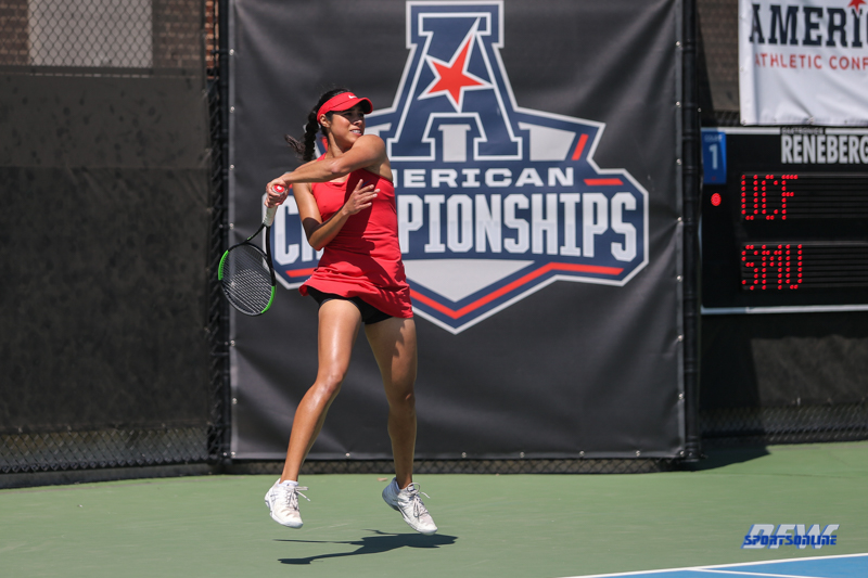 DALLAS, TX - APRIL 20: Ana Perez-Lopez during the SMU women's tennis match vs UCF on April 20, 2018, at the SMU Tennis Complex, Turpin Stadium & Brookshire Family Pavilion in Dallas, TX. (Photo by George Walker/DFWsportsonline)