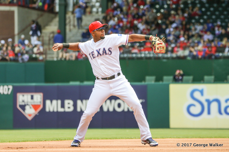 DGD17043004_Angels_at_Rangers