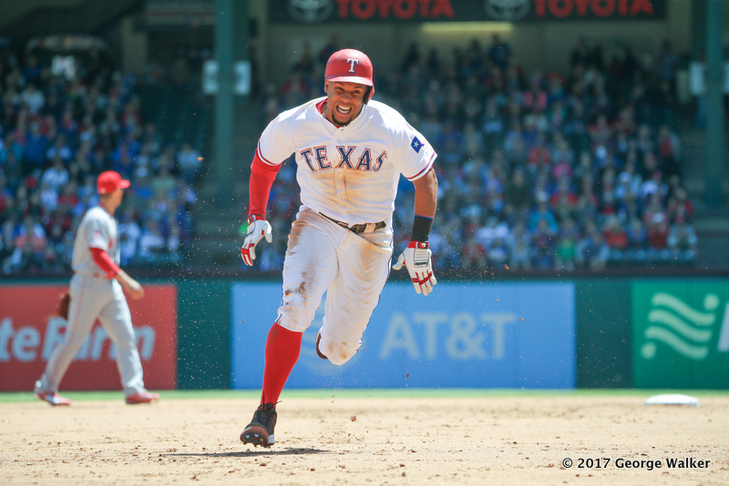 DGD17043014_Angels_at_Rangers