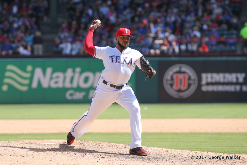 DGD17043033_Angels_at_Rangers