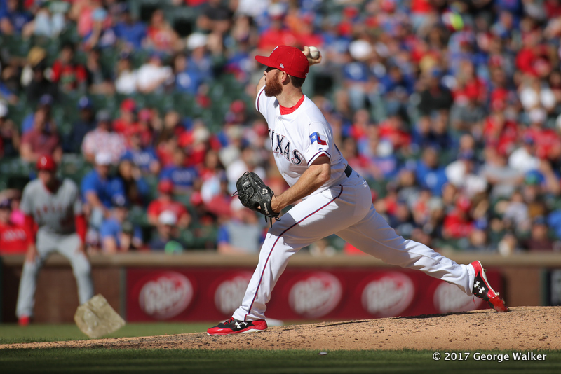 DGD17043072_Angels_at_Rangers