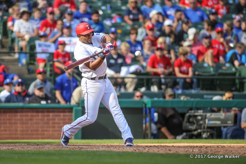 DGD17043077_Angels_at_Rangers