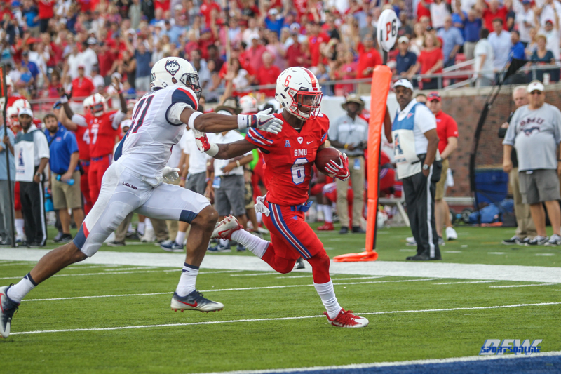 DALLAS, TX - SEPTEMBER 30: Southern Methodist Mustangs running back Braeden West (6) scores a touchdown during the game between SMU and UConn on September 30, 2017, at Gerald J. Ford Stadium in Dallas, TX. (Photo by George Walker/DFWsportsonline)