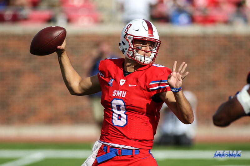 DALLAS, TX - SEPTEMBER 30: Southern Methodist Mustangs quarterback Ben Hicks (8) passes during the game between SMU and UConn on September 30, 2017, at Gerald J. Ford Stadium in Dallas, TX. (Photo by George Walker/Icon Sportswire)