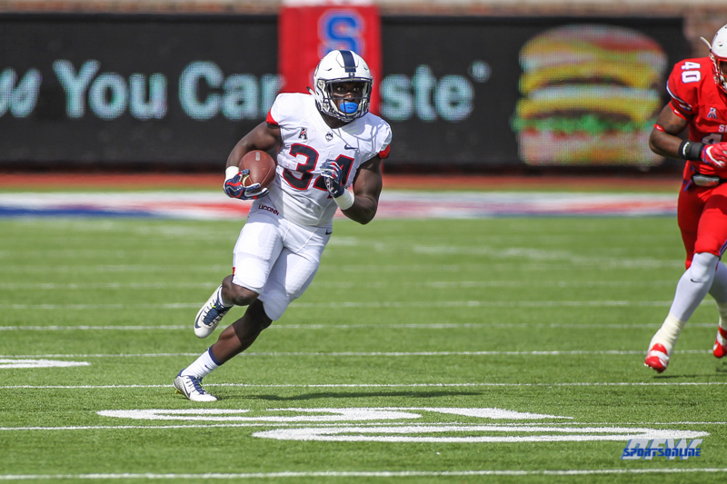 DALLAS, TX - SEPTEMBER 30: Connecticut Huskies running back Kevin Mensah (34) runs upfield during the game between SMU and UConn on September 30, 2017, at Gerald J. Ford Stadium in Dallas, TX. (Photo by George Walker/Icon Sportswire)