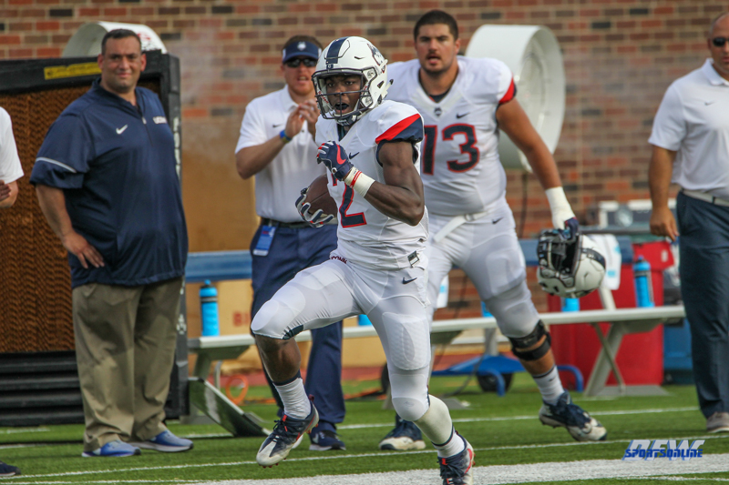 DALLAS, TX - SEPTEMBER 30: Connecticut Huskies wide receiver Tyraiq Beals (2) runs down the sideline during the game between SMU and UConn on September 30, 2017, at Gerald J. Ford Stadium in Dallas, TX. (Photo by George Walker/Icon Sportswire)