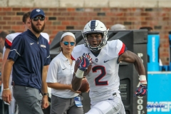 DALLAS, TX - SEPTEMBER 30: Connecticut Huskies wide receiver Tyraiq Beals (2) during the game between SMU and UConn on September 30, 2017, at Gerald J. Ford Stadium in Dallas, TX. (Photo by George Walker/DFWsportsonline)