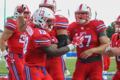 DALLAS, TX - SEPTEMBER 30: SMU players celebrate a touchdown by Southern Methodist Mustangs running back Ke'Mon Freeman (13) during the game between SMU and UConn on September 30, 2017, at Gerald J. Ford Stadium in Dallas, TX. (Photo by George Walker/DFWsportsonline)