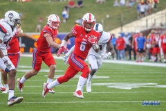 DALLAS, TX - SEPTEMBER 30: Southern Methodist Mustangs running back Braeden West (6) runs to the end zone during the game between SMU and UConn on September 30, 2017, at Gerald J. Ford Stadium in Dallas, TX. (Photo by George Walker/Icon Sportswire)