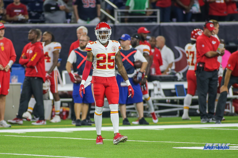 HOUSTON, TX - OCTOBER 08: Kansas City Chiefs cornerback Kenneth Acker (25) during the game between the Houston Texans and Kansas City Chiefs on October 8, 2017, at NRG Stadium in Houston, TX. (Photo by George Walker/DFWsportsonline)