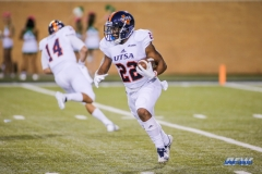 DENTON, TX - OCTOBER 14: UTSA Roadrunners running back Tyrell Clay (22) runs during the game between the North Texas Mean Green and UTSA Roadrunners on October 14, 2017, at Apogee Stadium in Denton, Texas. (Photo by George Walker/DFWsportsonline)