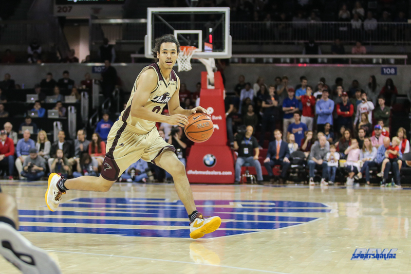 DALLAS, TX - NOVEMBER 12: Louisiana Monroe Warhawks guard Brandon Newman (0) moves the ball during the game between SMU and ULM on November 12, 2017 at Moody Coliseum in Dallas, TX. (Photo by George Walker/Icon Sportswire)