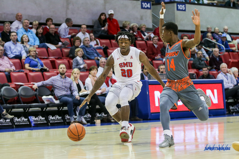 UNIVERSITY PARK, TX - NOVEMBER 28: Southern Methodist Mustangs guard Elijah Landrum (20) is guarded by UT Rio Grande Valley Vaqueros guard Jason Levi (14) during the game between SMU and UT Rio Grande Valley on November 28, 2017 at Moody Coliseum in Dallas, TX. (Photo by George Walker/Icon Sportswire)